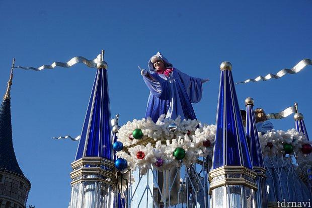 フェアリーゴッドマザーはフェイスです。