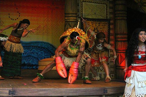 釣針を目指し魔物の国ラロタイへと向かったふたりに立ちはだかるのは大きなヤシガニの魔物タマトア。