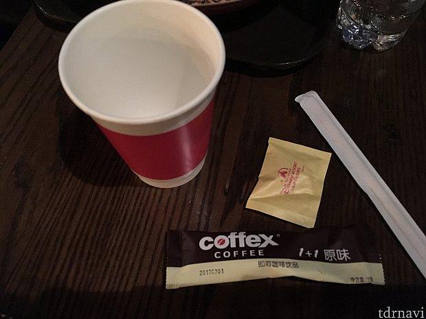 そしてこれがホットコーヒー!斬新…!