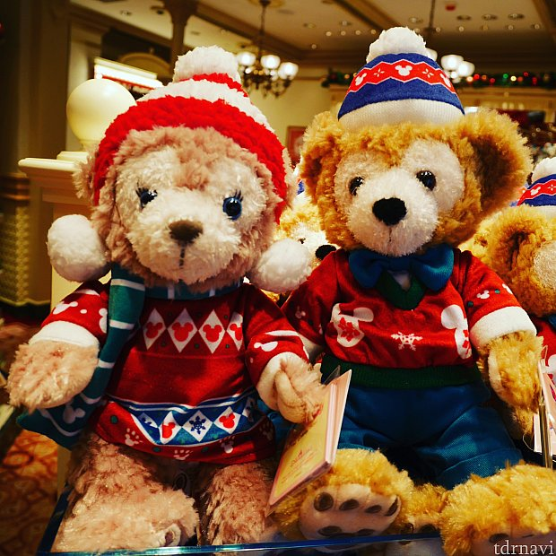 こちらはクリスマスのお二人です!かわいすぎる!旧正月商品が全面に出てきたらセール品になってるかも!