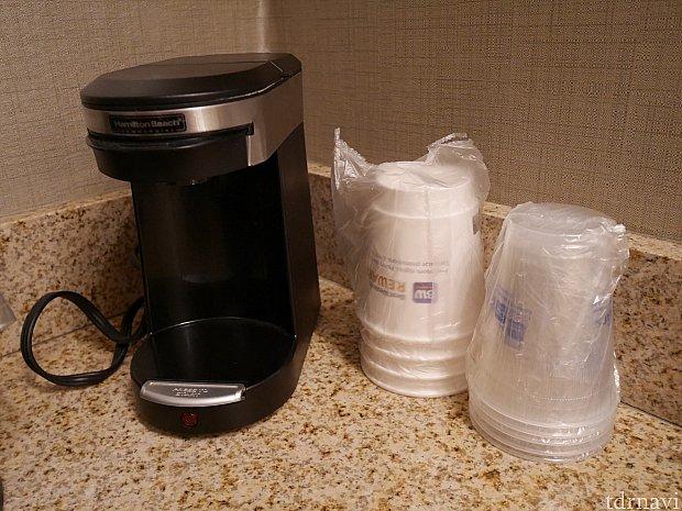 コーヒーメーカー。