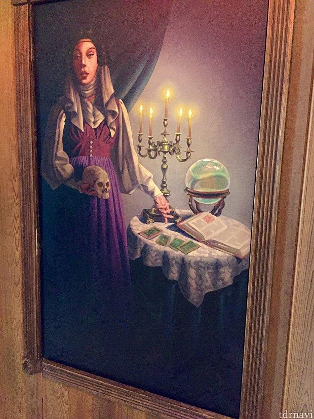 このフレームはマダムレオタの自画像に使われています。