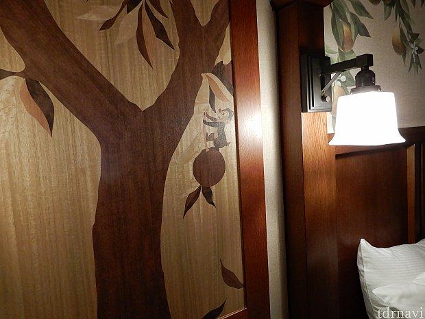 部屋にはチップとデールも描かれています。