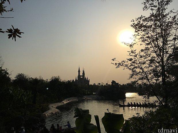 スタンプラリーしながら景色見るの楽しい〜!😆