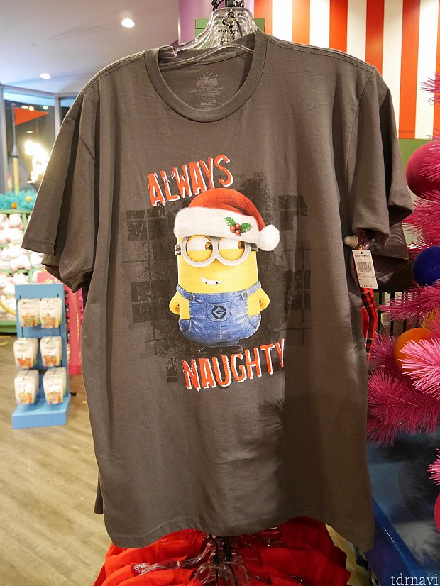 クリスマス仕様のTシャツ$49.95