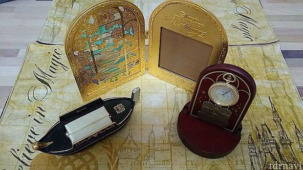 ミラコスタで結婚式をした人のみ貰える結婚記念品。たぶん非売品。