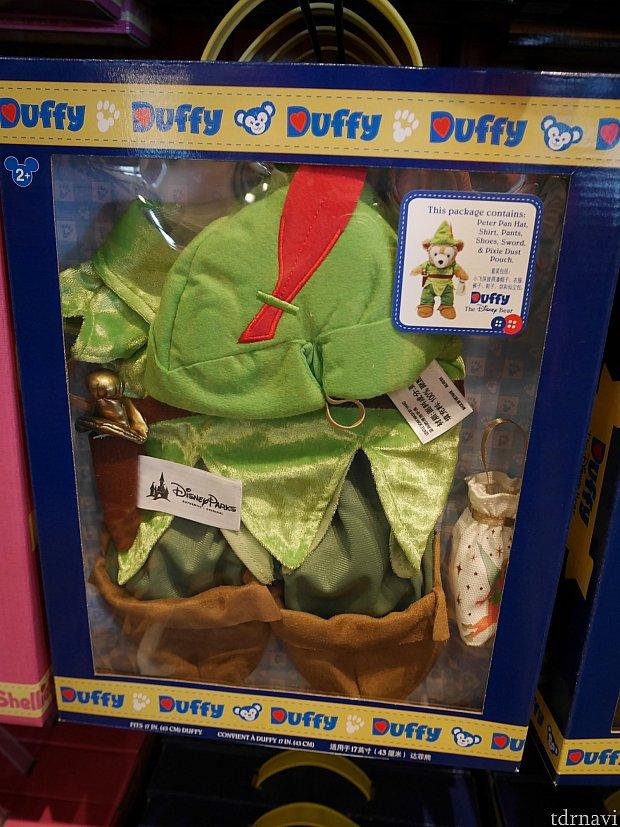 箱に入ったダッフィー衣装は159元、2700円くらい。アメリカより安いかも!
