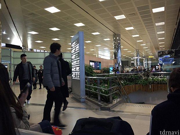 第1ターミナル、国際線の様子