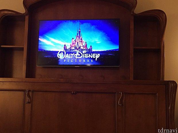 テレビでディズニー映画が見れます