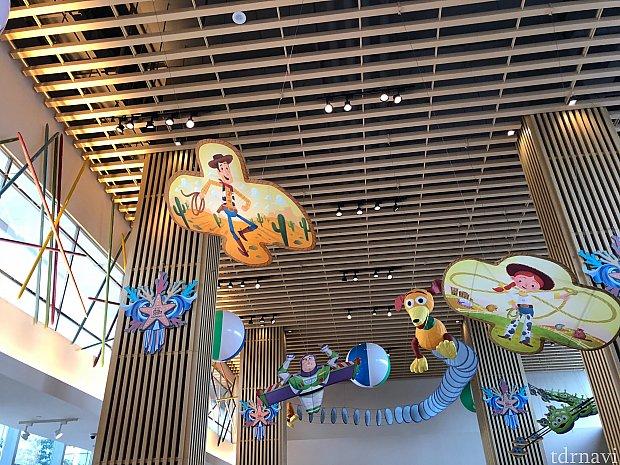 トイストーリーホテル内のレストラン『サニーサイドカフェ』