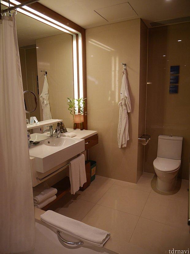 お風呂場と洗面所、トイレ