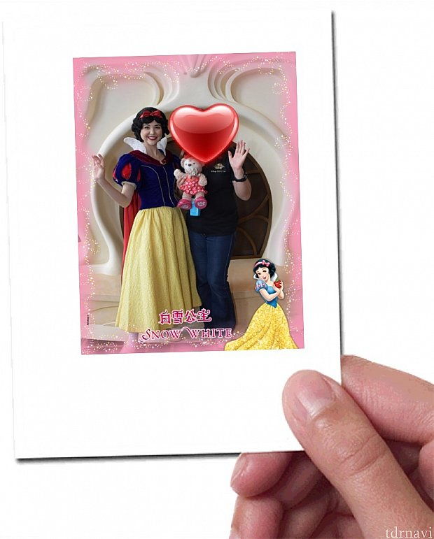 ロビーで白雪姫に会いました💕フォトパスカメラマンに撮影していただき、アプリでダウンロードしました!かわいいフォトフレームです💕