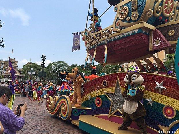 フライト・オブ・ファンタジー・パレード