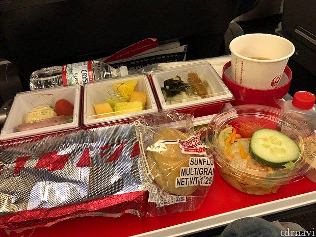 シカゴ発成田行き 機内食1食目