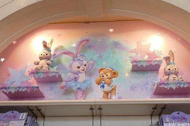 店内には、かわいいステラ・ルーの装飾も!