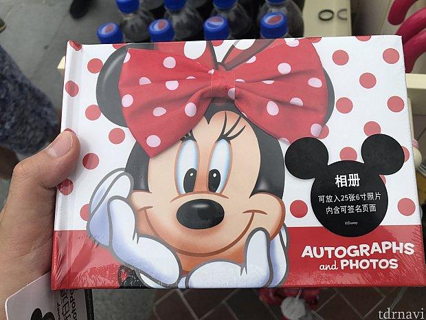 ミニーちゃんのサインブック89元!リボンが可愛い♡