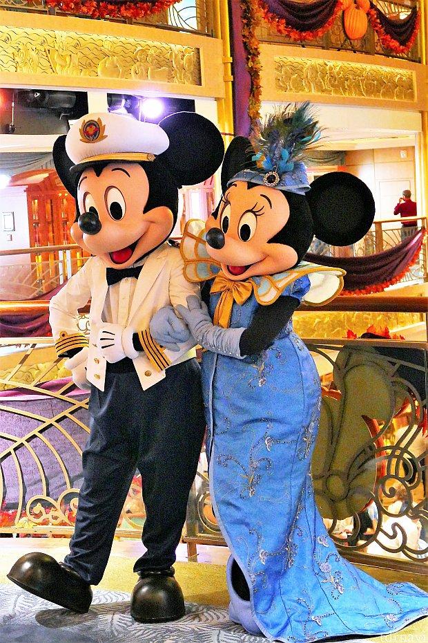 フォーマルナイトのミッキーとミニーちゃん♪