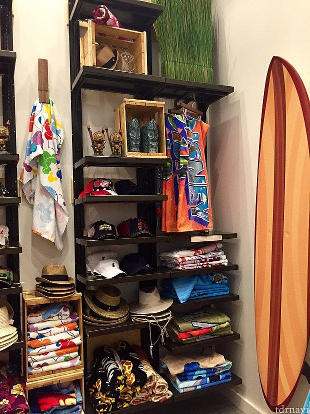 ショップの奥にはビーチ系の商品が並んでいました。ビーチインスパイアード エリアのテーマです。