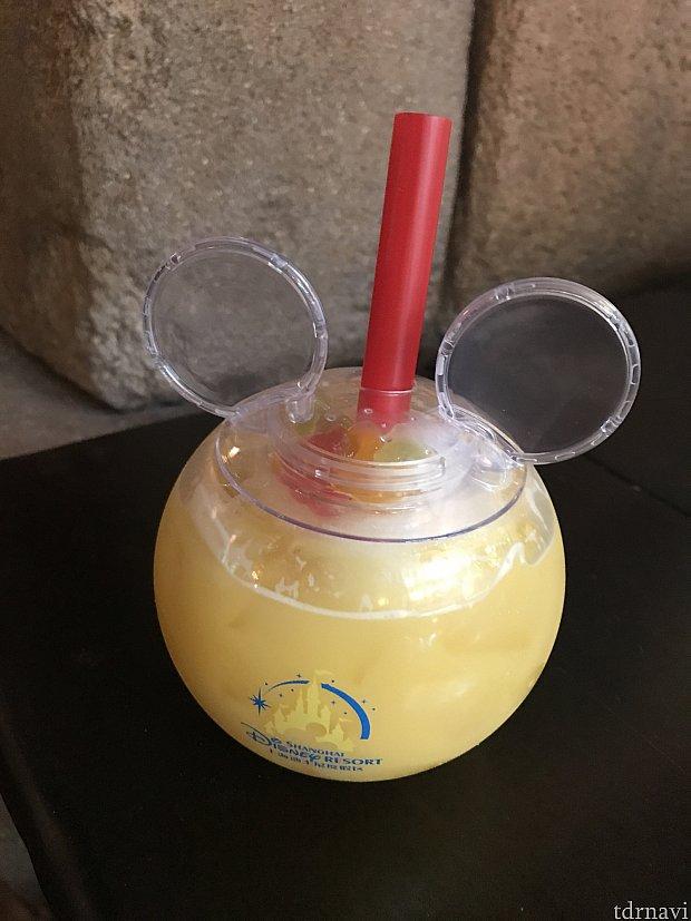 スティッチのアロハ・コラーダ。オレンジジュース+パインココナツフローズン