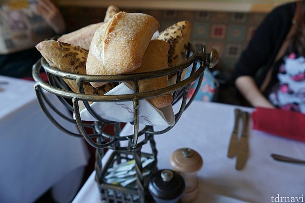 食事はパンしか撮ってなかった…どれも美味しかったです!