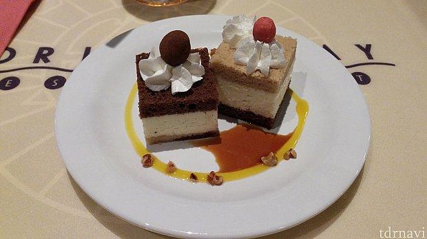 今回の目当てである、チップとデールのケーキです。