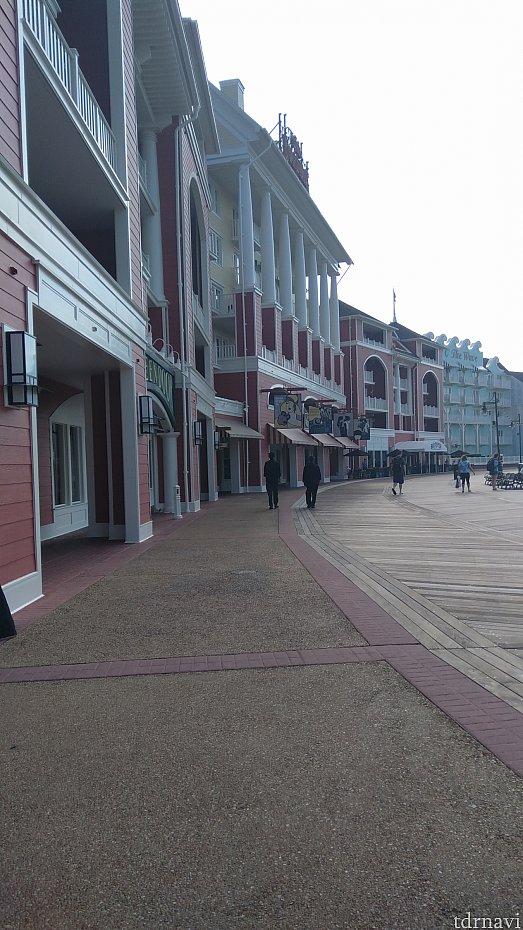 素晴らしい街並み。 ディズニーであることさえ、忘れてしまいそうです。