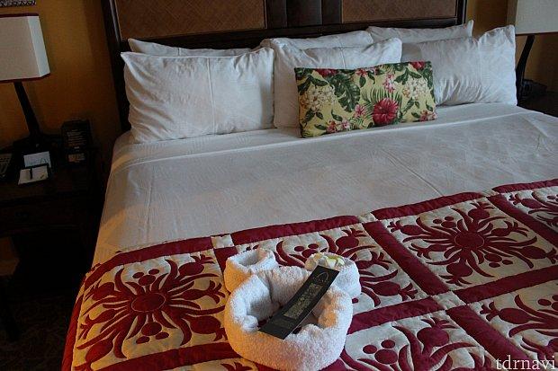ベッドの上には、、ミッキー♫