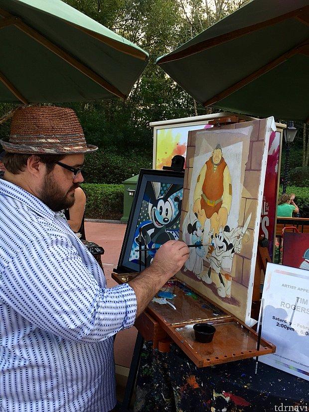 後ろに見えるオズワルドも彼の作品。オズワルドをテーマにした作品は珍しいそうです。欲しい!