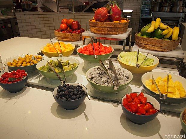 フルーツ類。甘くておいしいものが多かったです。