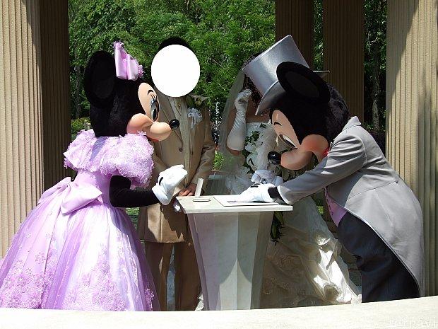 ミッキーとミニーもサインしてくれました