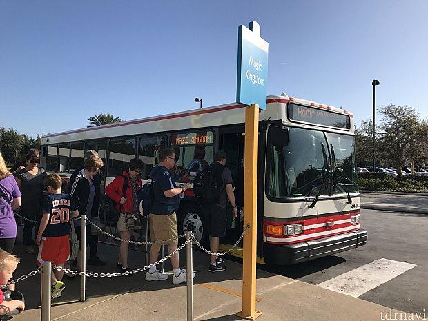 バス停の様子です