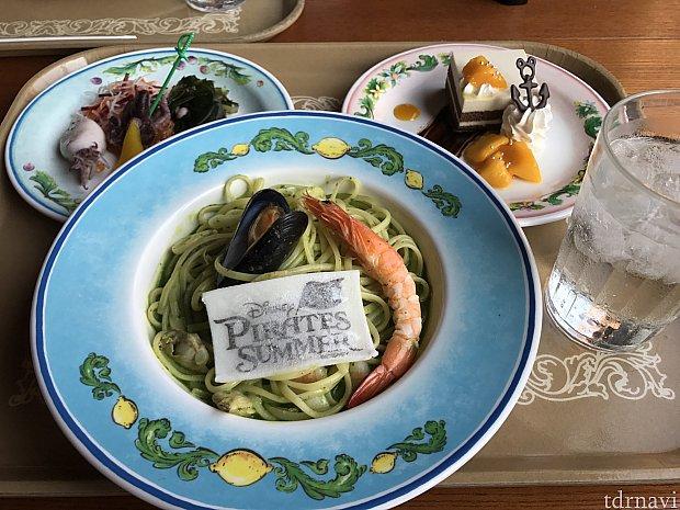 セットは2180円。前菜、スパゲッティ、デザートと色々食べたいならお得かも☆