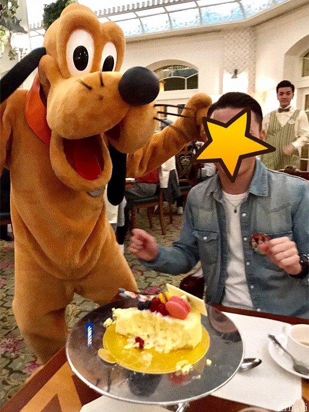 お誕生日と分かってダンスタイムなプルート!笑