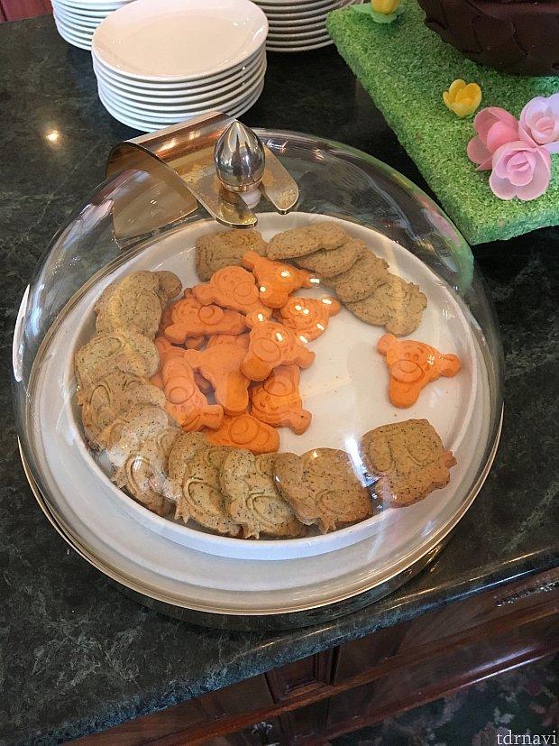 通常時間はクッキーなどちょっとしたお菓子が。クッキーが妻は非常に気に入っていた。美味しい。タイミングによって形と味に変化も。