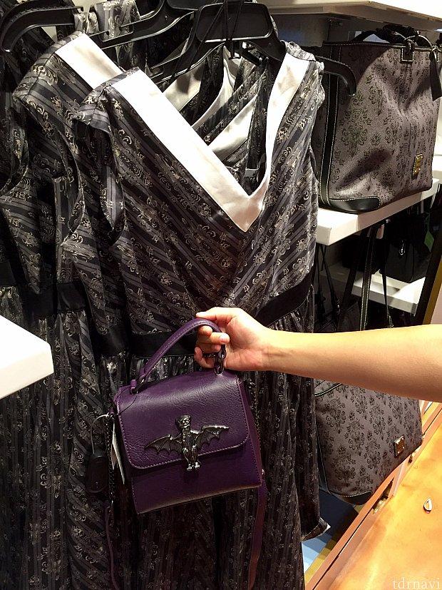 ドレスとおすすめバッグ。