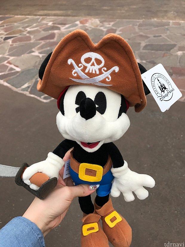 成功してぬいぐるみもらいました(o^^o)海賊ミッキーかわいいです☆