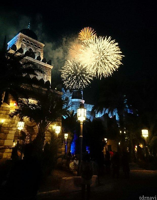 シンドバッド横の花火!夢のような美しさでした。