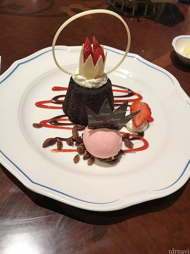 子供コースのチョコレートケーキ。固くてイマイチ