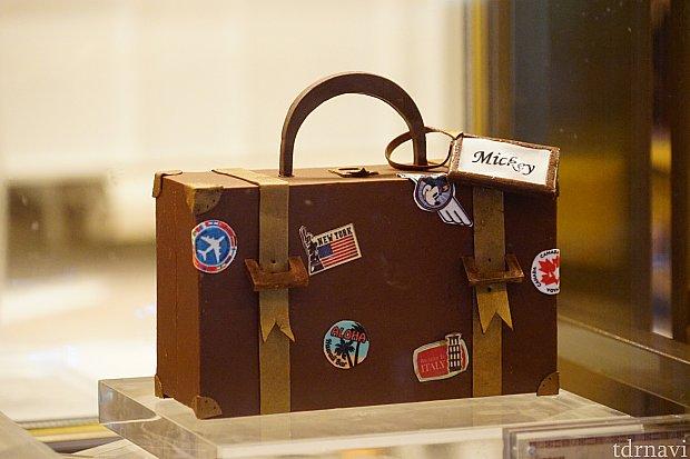 「トラベラー」と名付けられたコーヒーチョコレートケーキ(950ドル)。日本円で15000円ぐらい!