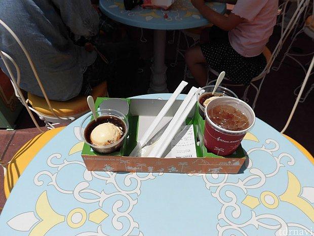 ランド滞在中はインする時、アウトする時こちらに寄って何度もコーヒーフロートとアイスウーロン茶かアイスコーヒーを頂きました。