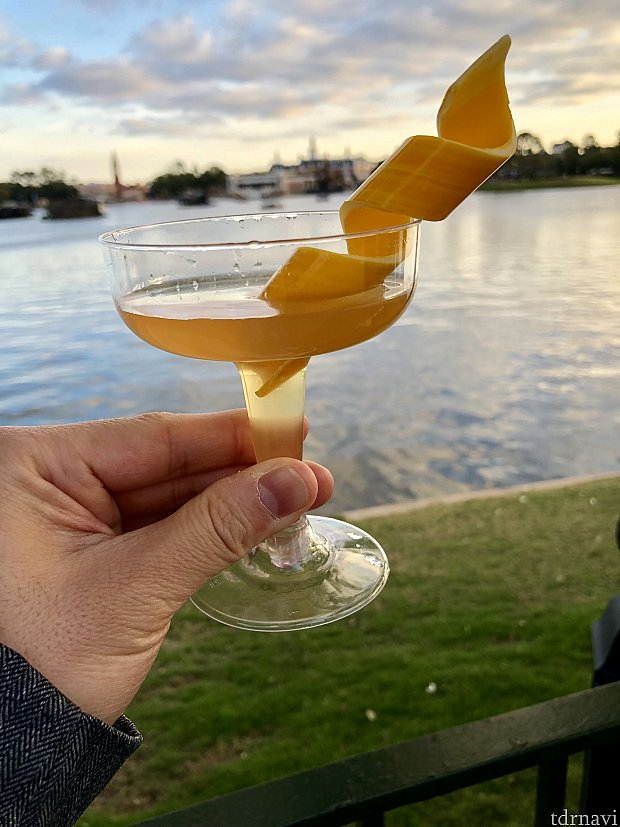 量はそれほどでもないですが、お酒がかなり強いです。でも飲みやすい!2杯くらい一気に行けそうです。これは絶対おススメ!
