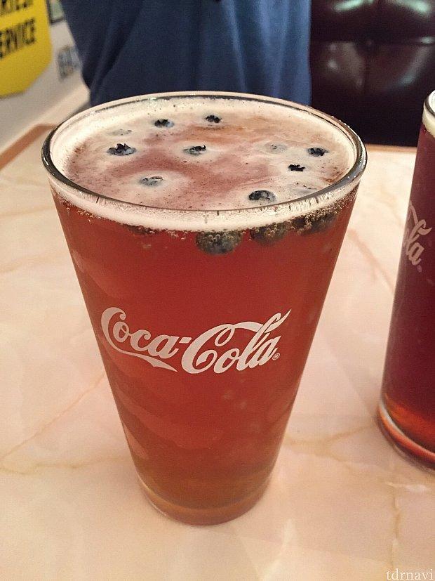 ブルーベリーエール。ブルーベリーとビール、意外と合います。