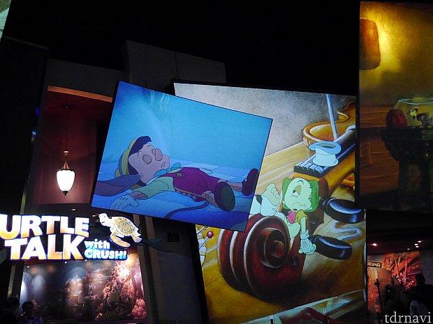 ピノキオ☆たくさんの映像が映るので、物語を思い出します・・