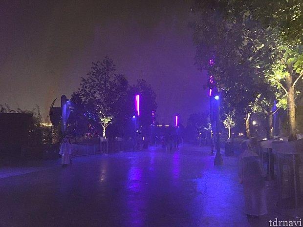 ハロウィンのイベント初日からだというのにもの凄い大雨に。。