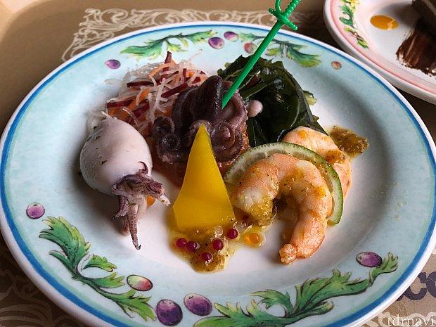 シーフードマリネ。さっぱりしてて美味しかった!単品500円。
