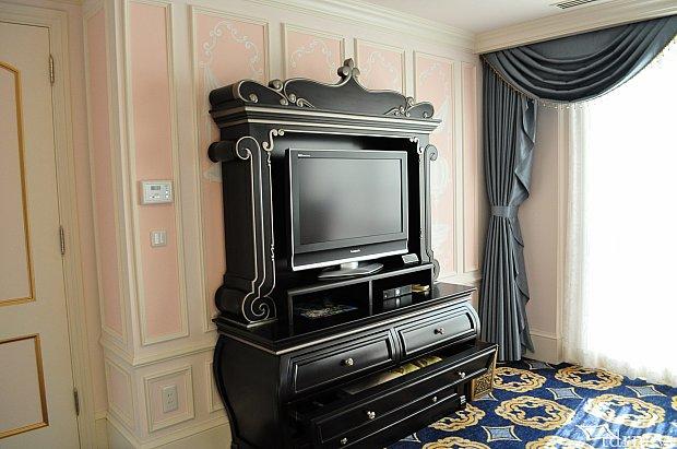 寝室とリビングにひとつずつTVがありました。