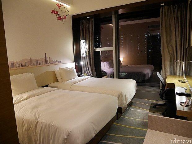 お部屋です。シングルベッド2台のお部屋