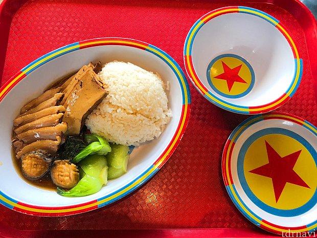 アワビと鴨胸肉の中華風煮物丼 50元 アワビはミニサイズですが美味しかったです。コスパはかなり良いかも!?