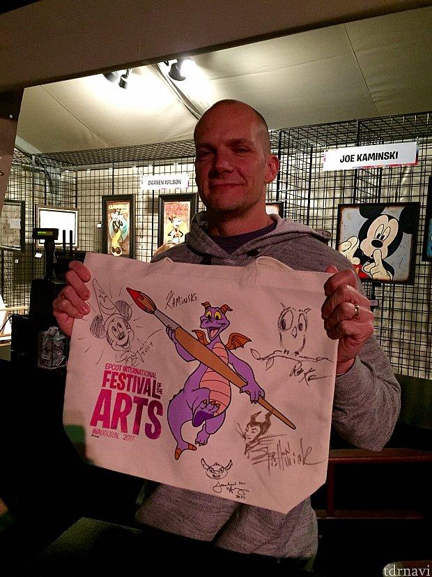 こちらのJoe さんもアニメーター。イベント期間中、彼の作品はあちこちで見かけました。