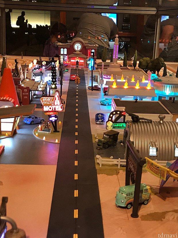 ラジエータースプリングスの模型が飾られてて素晴らしかったです!!!